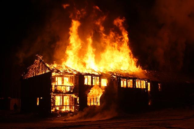 Konštrukcie, ktoré minimalizujú straty pri požiari